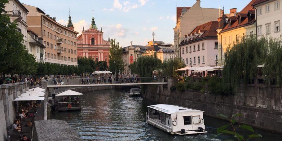 Ljubljana adascrie.ro