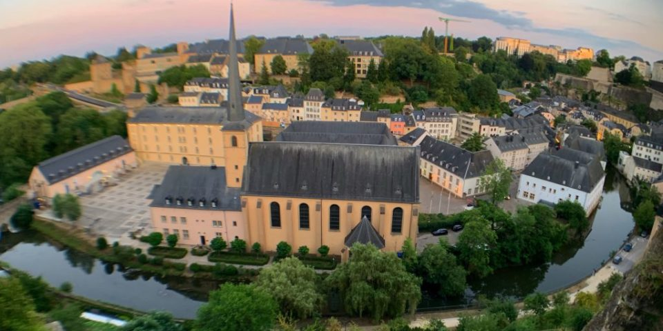 luxembourg, adascrie
