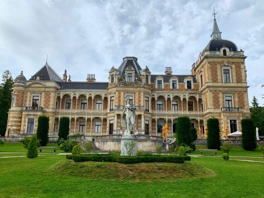 Viena, Austria: Villa Hermés, casa de vis a lui Sisi